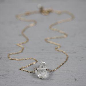 18761 - Collier goldfilled rose bergkristal
