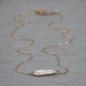 18764 - Collier goldfilled rose parel