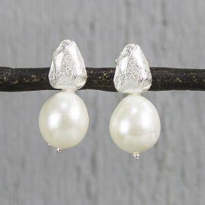 19794 - Oorsteker zilver wit met parel