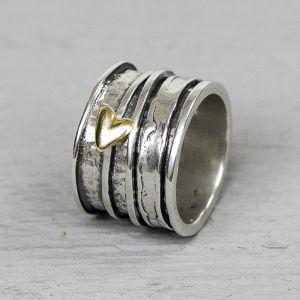 19961 - Ring zilver oxy + 9 karaat hartje
